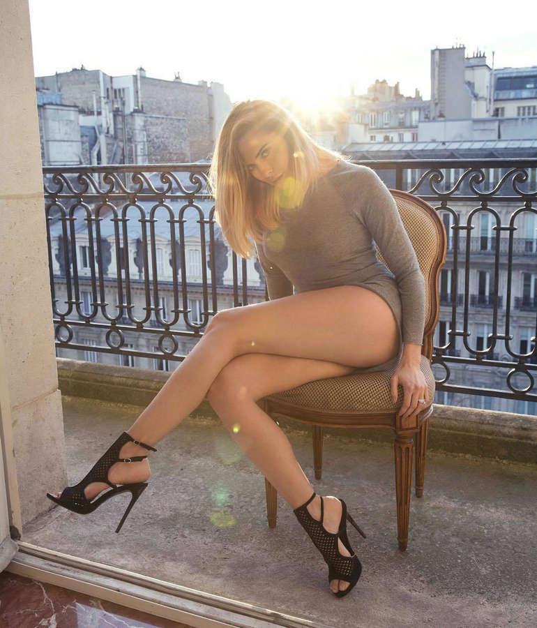 Clara Morgane Feet