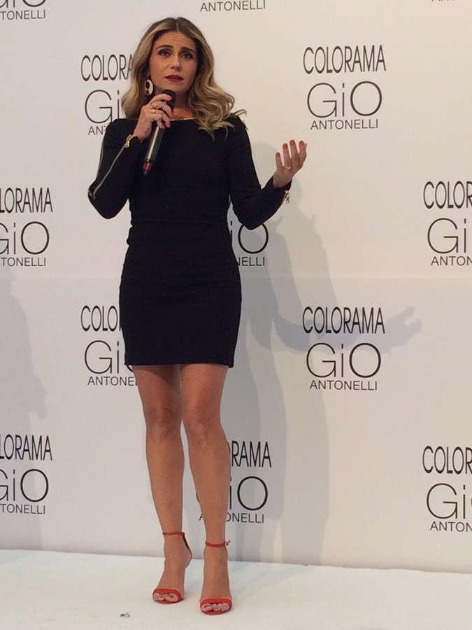 Giovanna Antonelli Feet