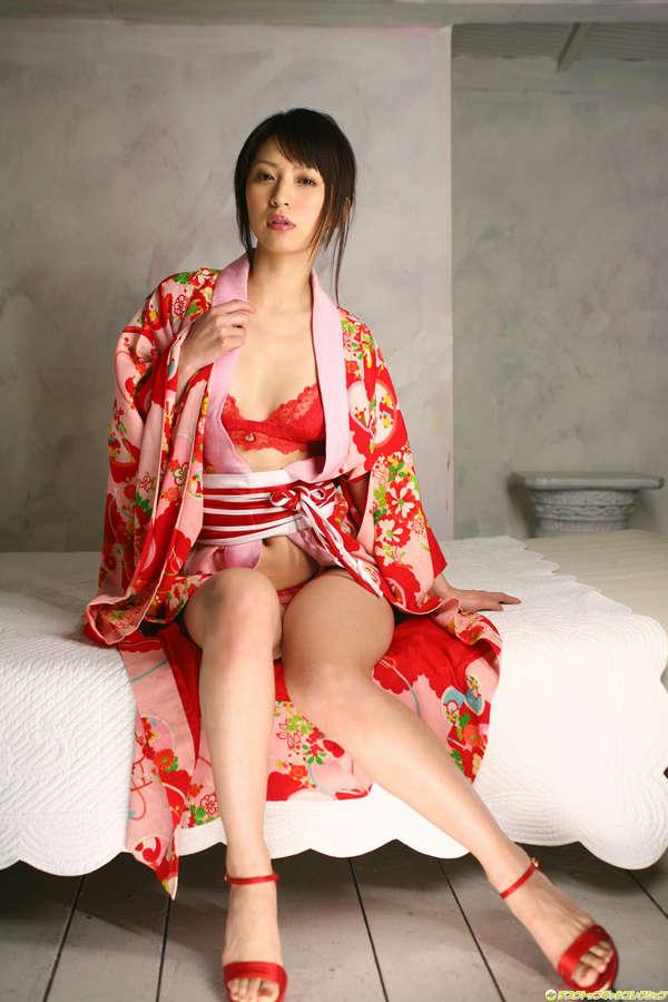 Yurina Sato Feet