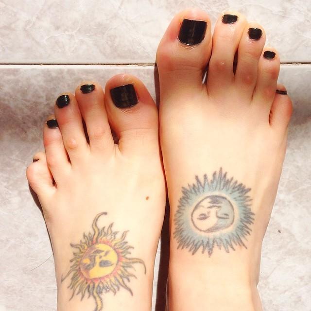 Minerva Pons Feet