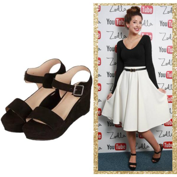 Zoe Sugg Feet