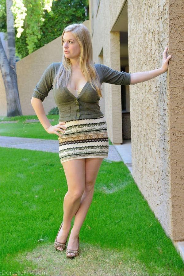 Danielle Delaunay Feet