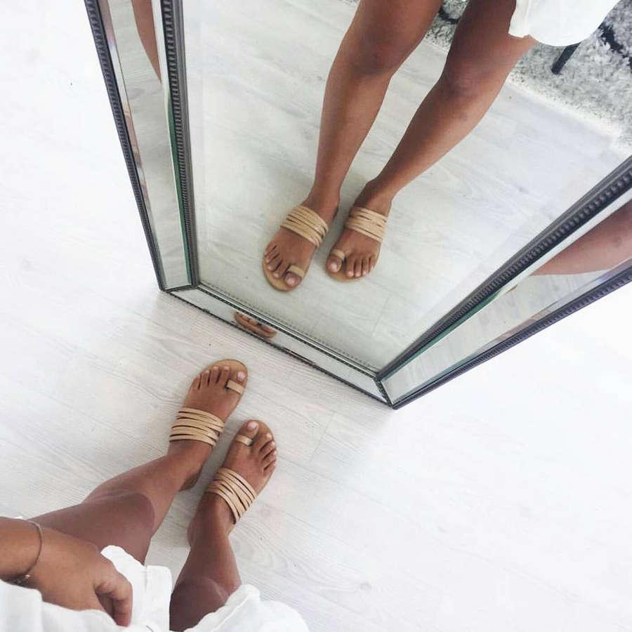 Nicky De Silva Feet