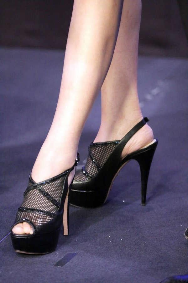 Li Gong Feet