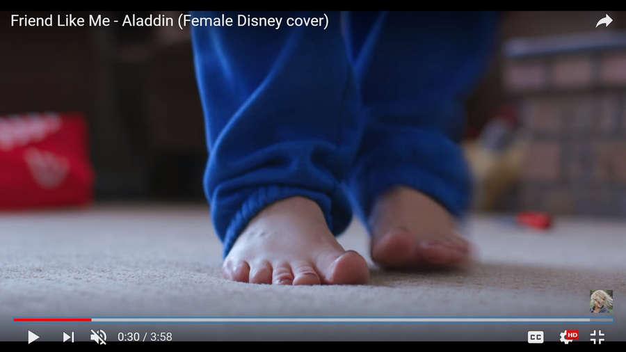 Evynne Hollens Feet