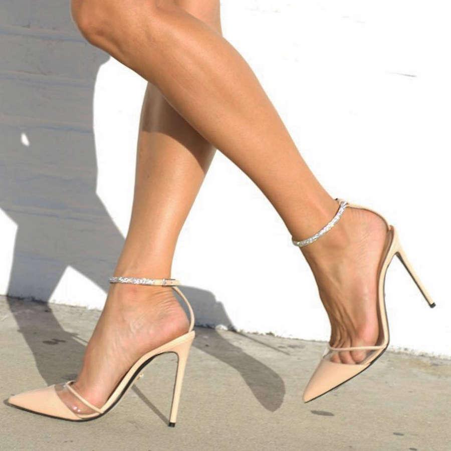 Elisabetta Canalis Feet