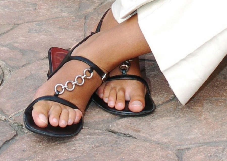 Uta Fussangel Feet