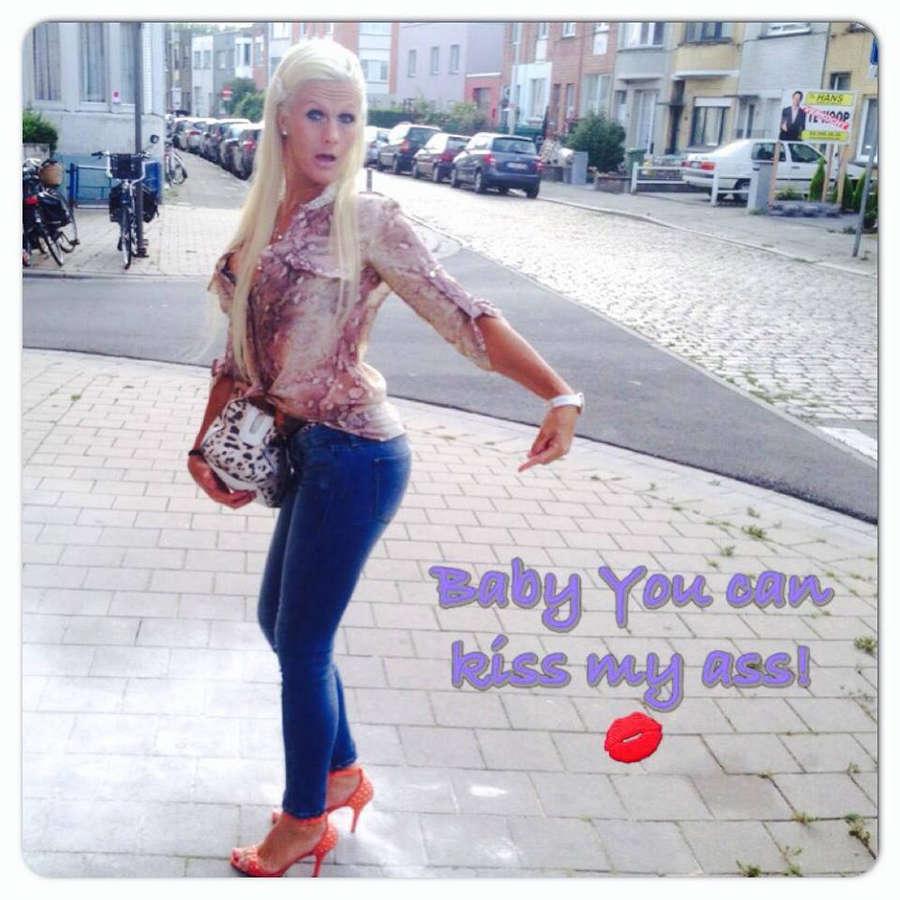 Cindy Dandois Feet
