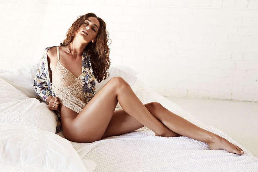 Sarah Tilleke Feet