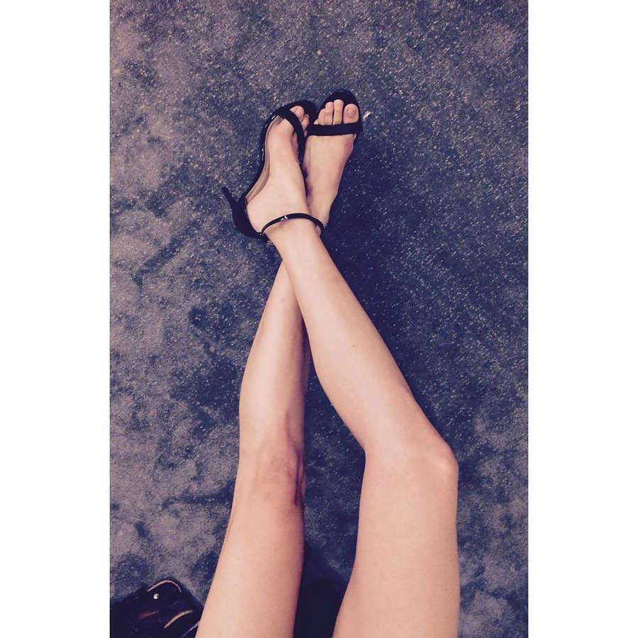 Alizee Gaillard Feet