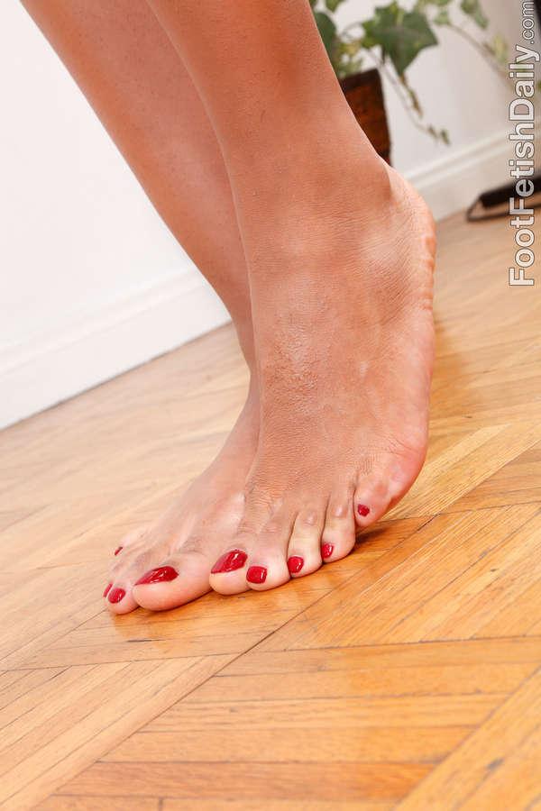 Sophia Fiore Feet