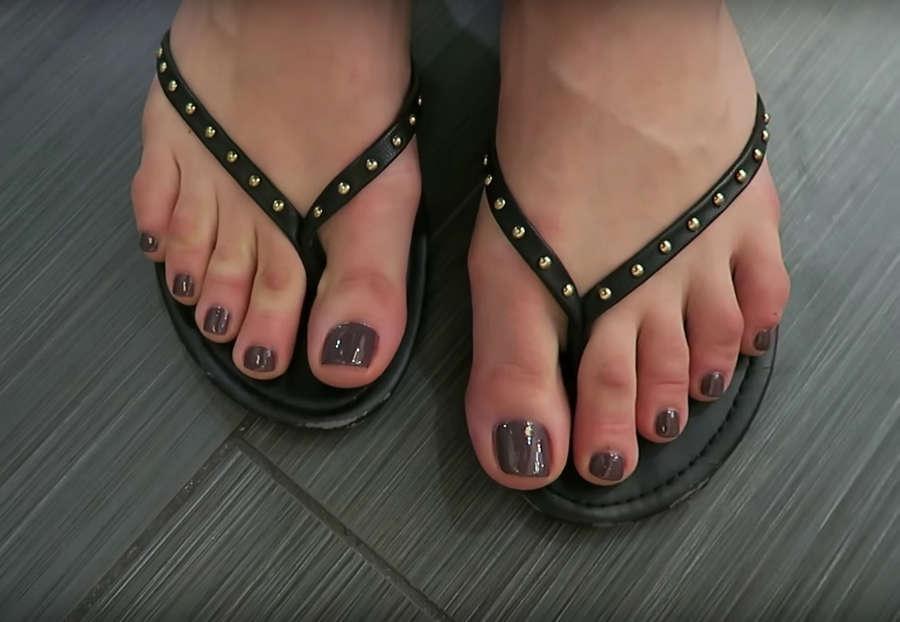 Amanda Cerny Feet