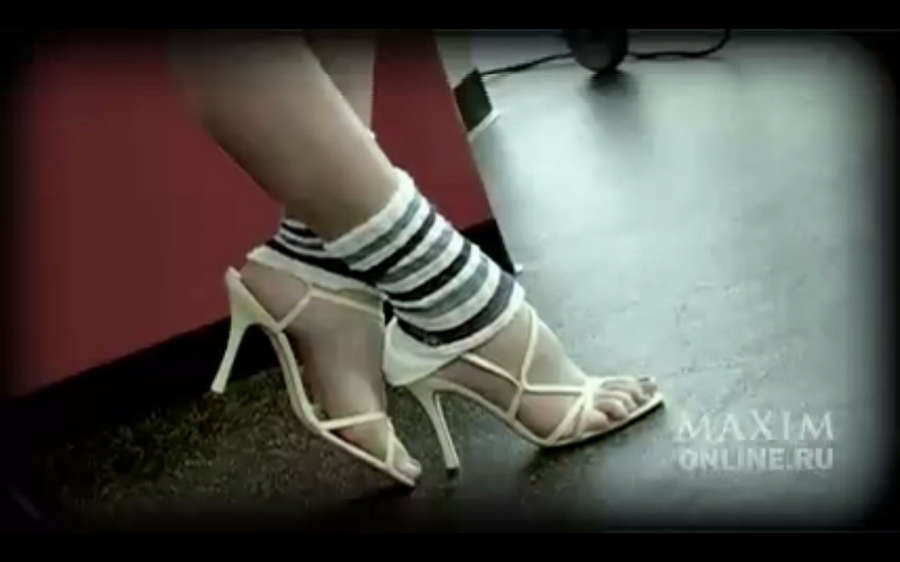 Albina Dzhanabaeva Feet